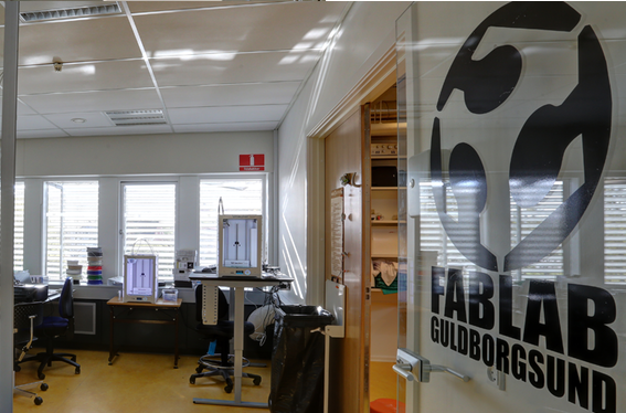 Should a public library be more community focused: Fablab at Guldborgsund Libraries